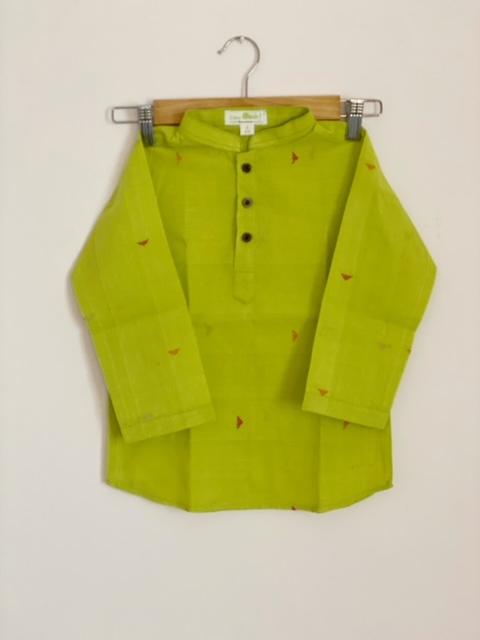 Handloom green kurta for boys in 100% cotton