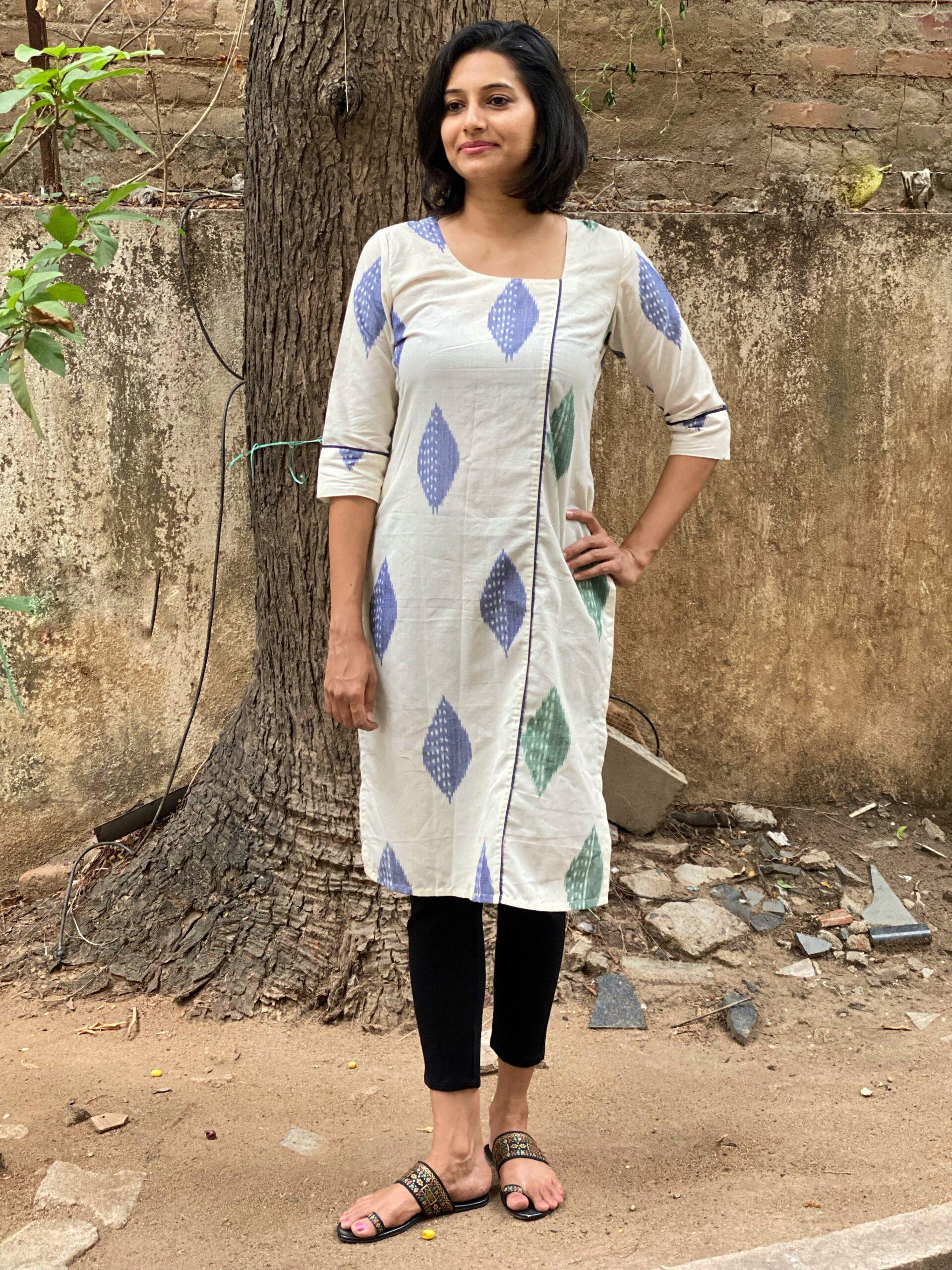 Ikkat kurta in duo colour prints